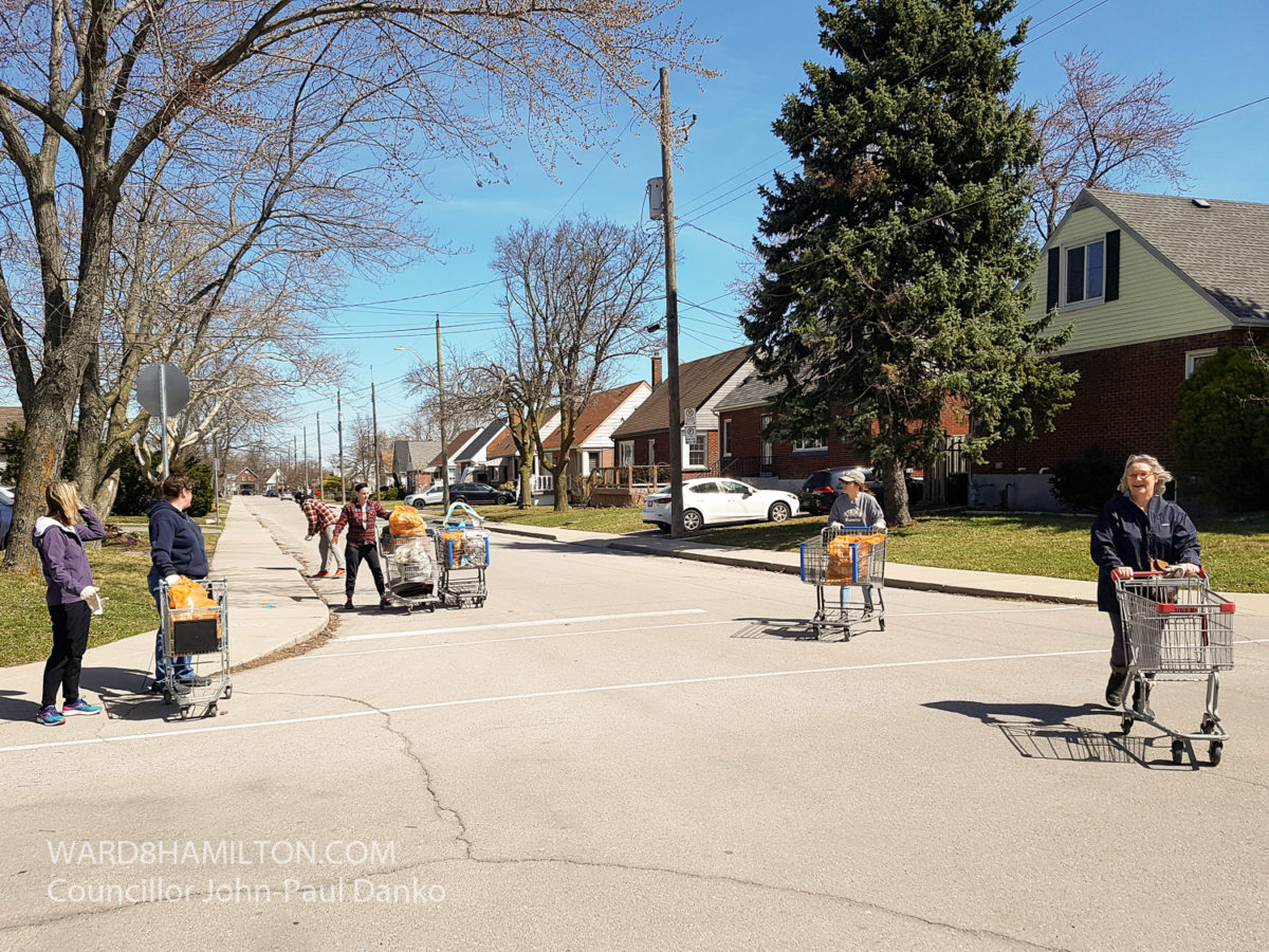 Team Up to Cleanup in the Bonnington Neighbourhood