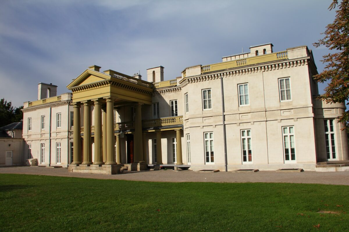 Dundurn Castle and Steam & Technology Museum slated to re-open July 15