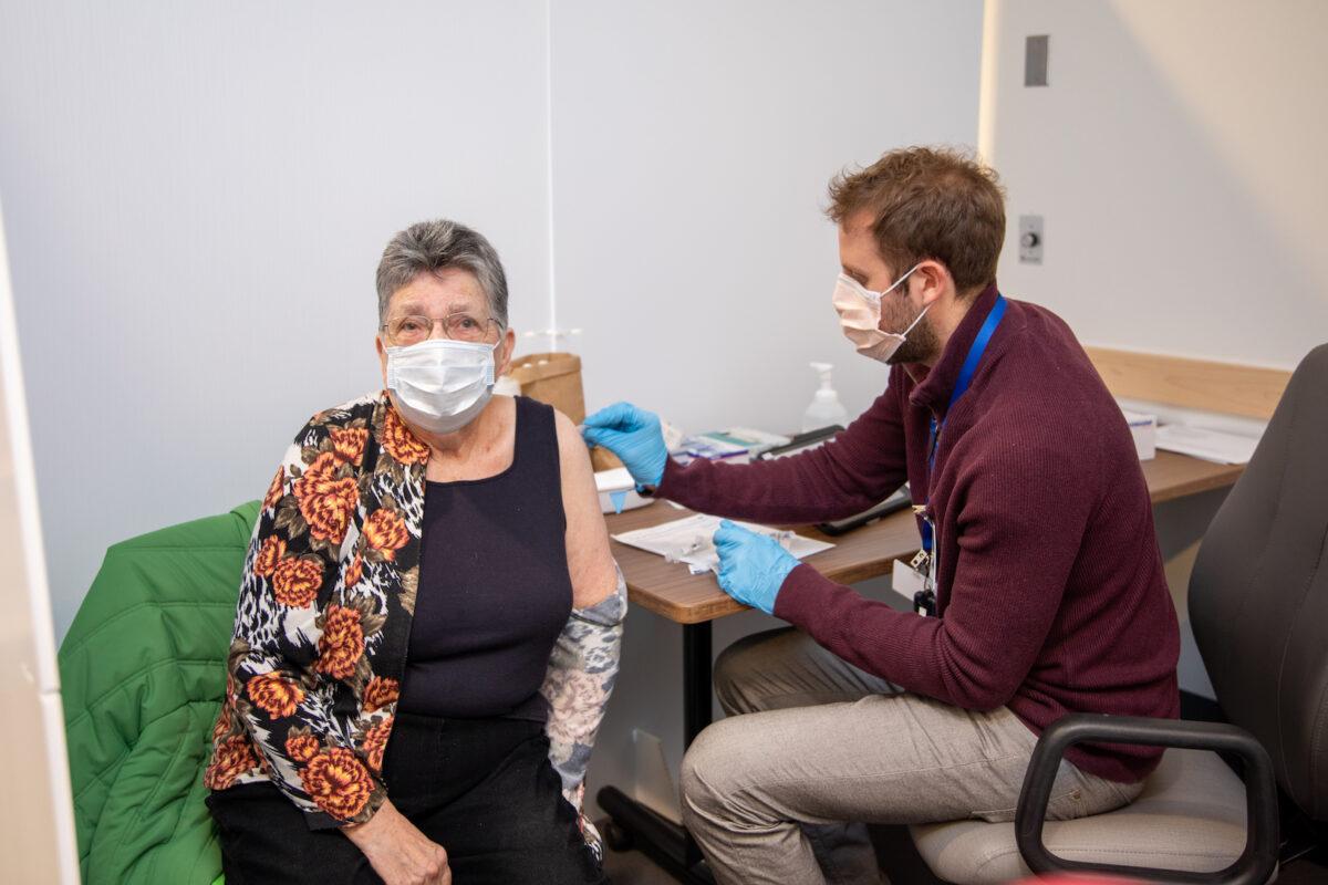 COVID mobile vaccination program update