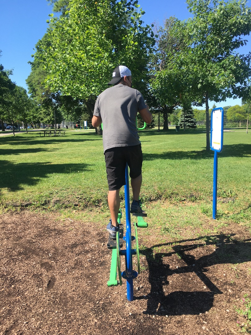 Are you interested in outdoor fitness equipment at a Ward 8 park? Let us know!